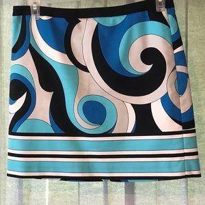 Michael Kors midi skirt, size 8 SWIRLS!